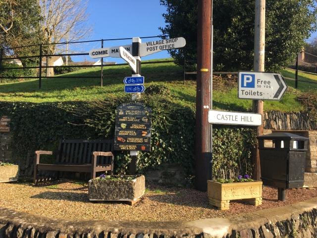 Berrynarbor signpost