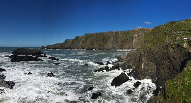 Waves at Hartland Quay